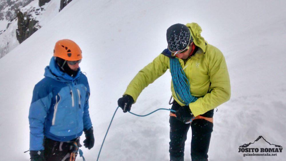 Curso Alpinismo en la zona de Bielsa