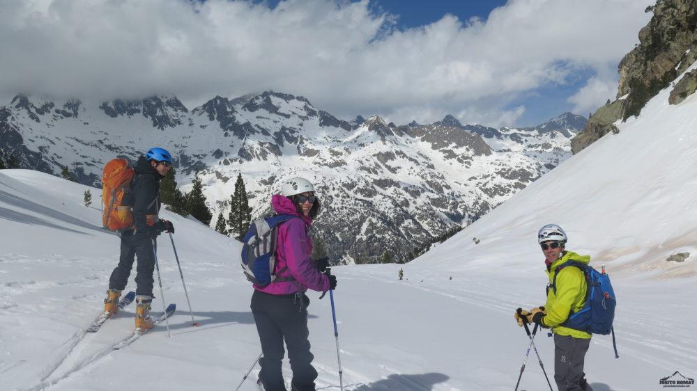 Ski de travesia por el entorno del Brazatos-Serrato