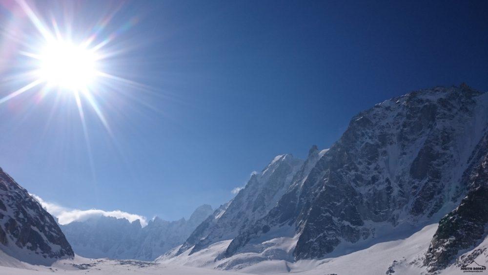 Travesía con skis al Mont Dolent