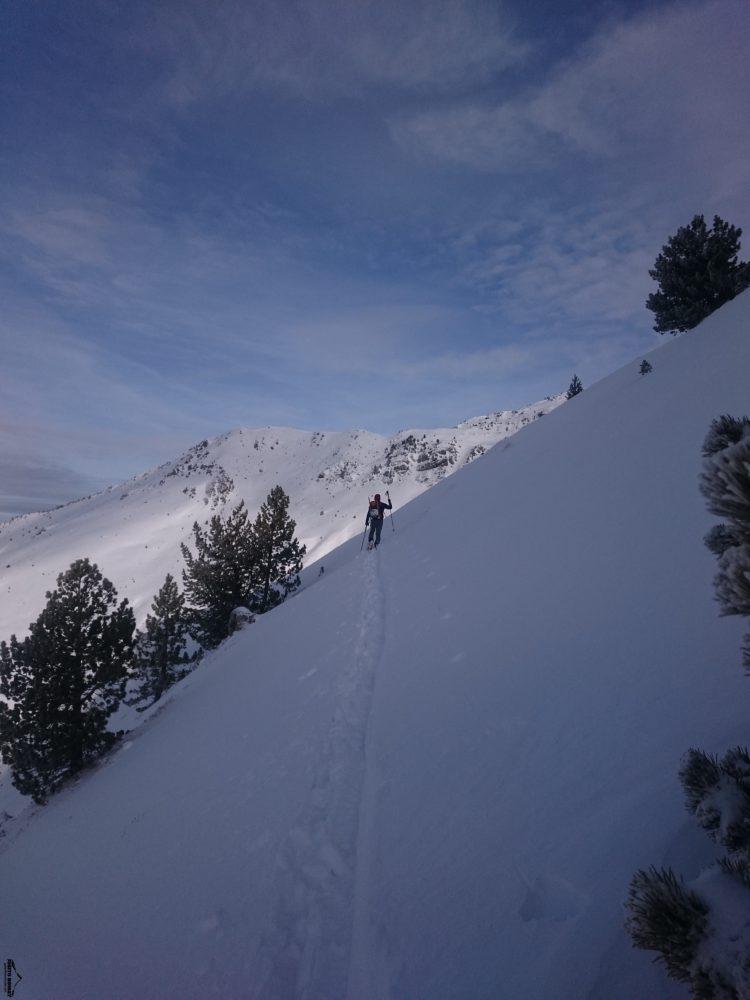 Esquí de travesía. Vuelta a la Punta Escalar por el Col de Bénou
