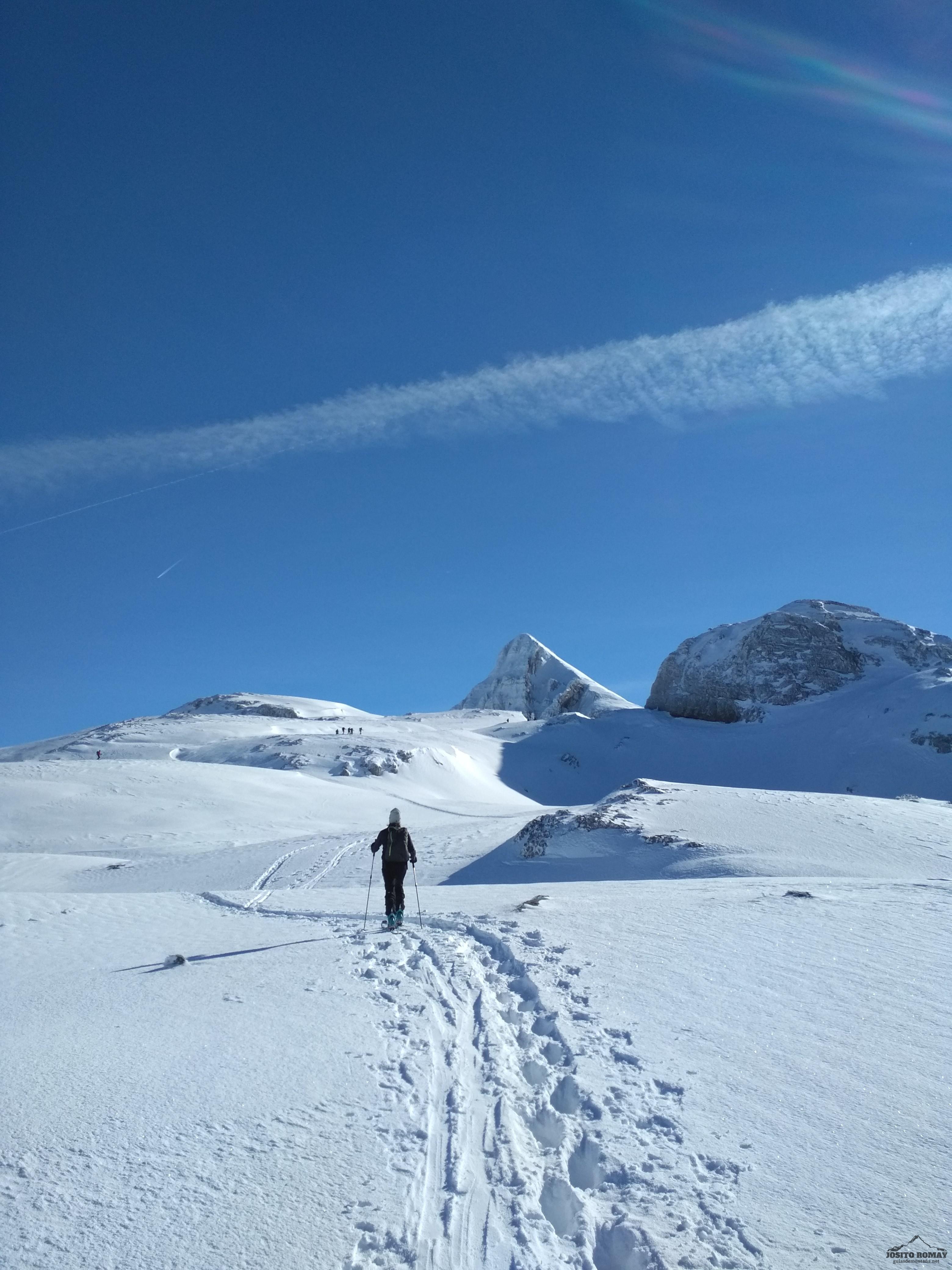 De nuevo esqui de travesía en la zona del Anie