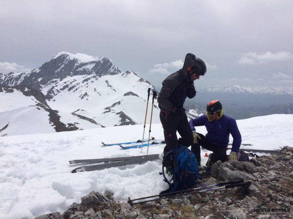 Curso de ski de montaña en Peña Ubiña